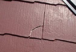 スレート屋根材割れ補修ビフォア