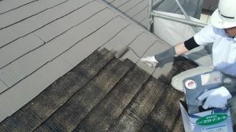 屋根 上塗り1回目中