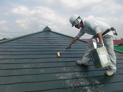 コロニアル屋根下塗り2回目