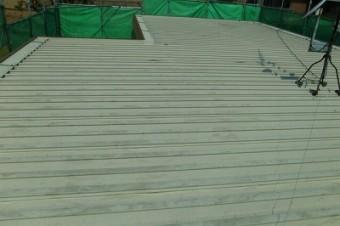 折半屋根施工前