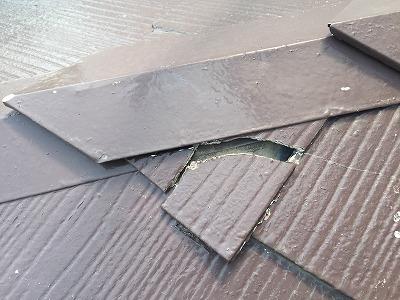 屋根材欠け