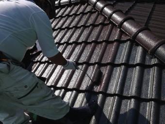 コロニアル屋根上塗り1回目