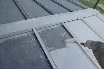 3.屋根 下塗り