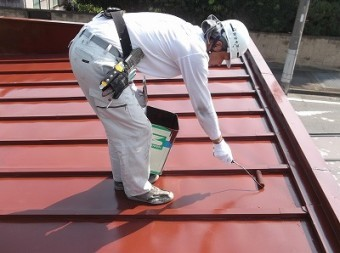 物置屋根 上塗り2回目