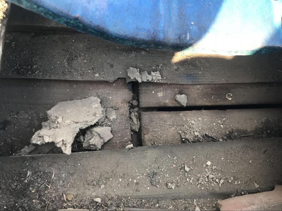 瓦屋根 雨漏り
